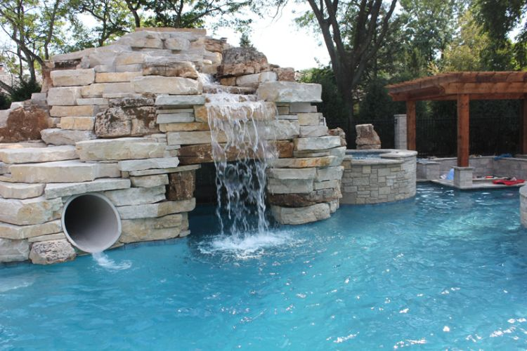 Grottos and Caves are a popular built-in for pools in 2016